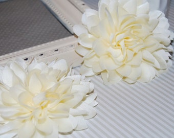 Ivory Cream Fabric flower  (1 pc)   - 4''  large silk fabric flower - flat back  Dahlia Silk Flower
