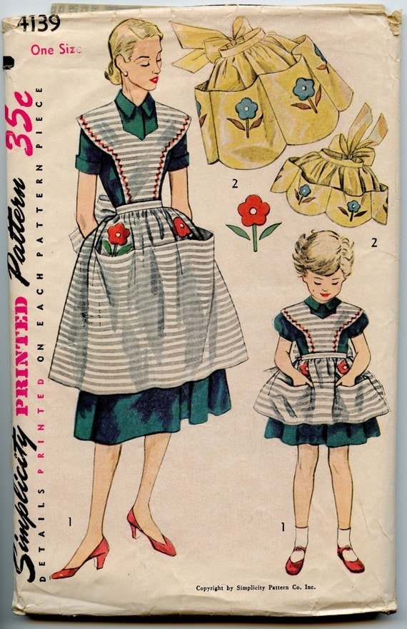 1950s Vintage Apron Pattern Simplicity 4139 Mother Daughter Half or Full Bib Apron Pattern One Size