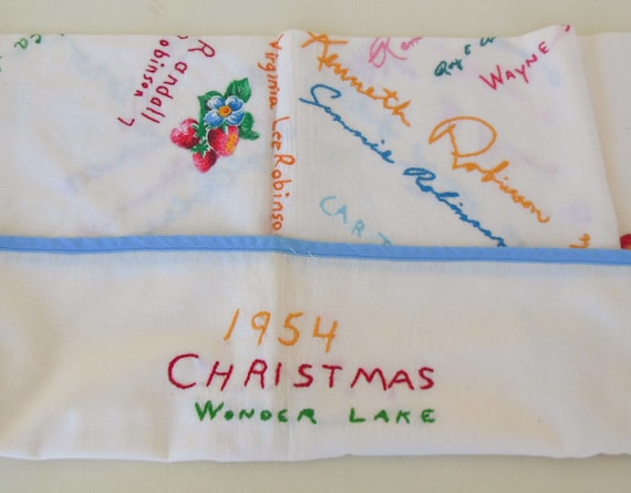 Tablecloth Vintage Embroidered Wonder Lake IL Chicago Illinois Area Robinson Duncan Family