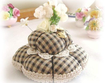 Pincushion Handmade Soft Sculpture BLACK Check Double Handcrafted CharlotteStyle Needlecraft