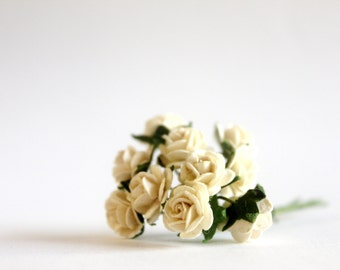 "1/2"" Small Ivory Paper Roses (10 blooms)"