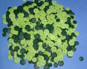 Bulk Lot, 400 Small Green Buttons , Lot 269