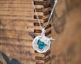 Personalized Birds Nest Necklace in Sterling Silver - Family of 3 Jewelry SBN-079