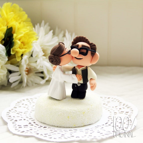 Custom Wedding Cake Topper - Star Wars Kissing Couple (UP)