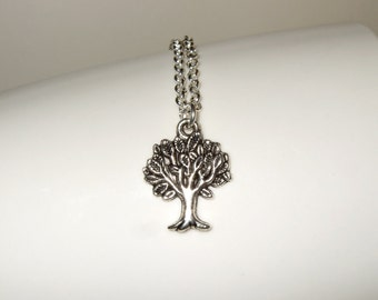 Tree Necklace, Oak Tree Charm, Silver Tree Necklace, Tree of Life Charm, Oak Tree Necklace, Simple Necklace, Tree Jewelry, Nature Lover Gift
