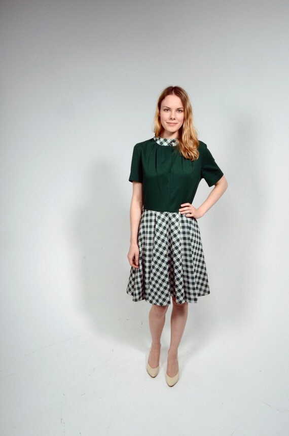 Vintage 70s Green Dress/ Checkered Dress
