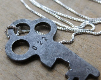 old steamer key sterling necklace