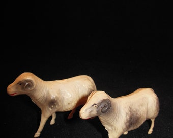Pair of Celluloid Sheep Rams Lambs Lightweight Animal Toys
