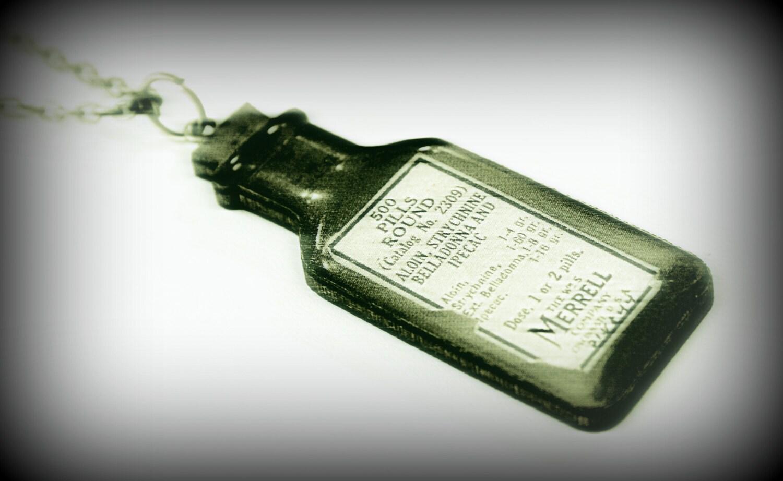 Vintage medicine bottle necklace by misanthropycreations for Pill bottle jewelry