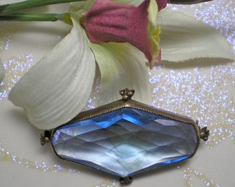 Brooch  Faceted Blue Glass  Art Deco Style    Item No: 15745