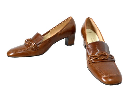 1960s Red Cross Shoes Loafer Heels / Mad Men / Chocolate Brown / Pilgrim Shoes / Office Fashion / Womens Vintage Shoes Heels / Size 8