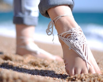 Beach Wedding Barefoot Sandals - Off-White Crochet Foot Jewelry for the Bride, Sandal - Barefoot Sandles, Made to Order