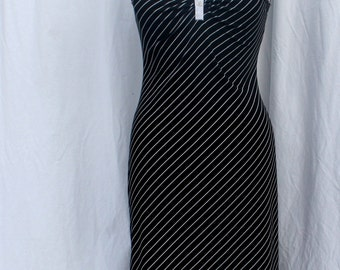 Black and White Sleeveless Dress, My Michelle, vintage 1980s-1990s, size small-medium (6, 8, 10)