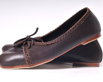 SASHA. Brown leather ballet flats / leather loafers / brown leather shoes / lace up flats / womens flat shoes / gifts for mom. Sizes US 5-14