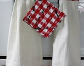 Picnic Invaders Marching Ants Tea Towel and Pot Holder Set