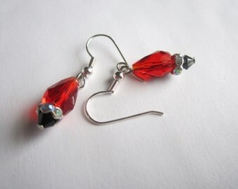 Red Valentine's Day Beaded Earrings