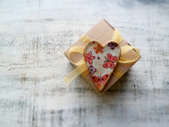Heart magnet shabby chic cottage chic rustic home decor spring floral kitchen decor mint red purple blue Valentines day decor Valentine gift