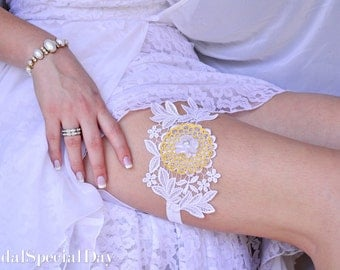 White  Bridal Garter, Lace Wedding Garter, Bridal Garter Set, Lace Garter Set, Handmade Garter,  Yellow Garter, Garter, Alternative Garter