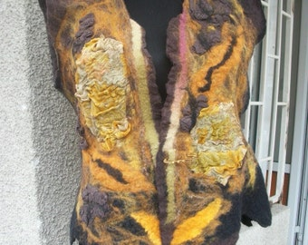 Felted vest from Merino wool / Wool vest / Felt cape, Wool cape coat, Warm coat, Wool top, Wool robe, Wool cape, Gifts for mom, Gift for her