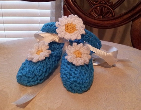 Crocheted Daisy Headband & Ballerina Slippers for babies PDF Pattern