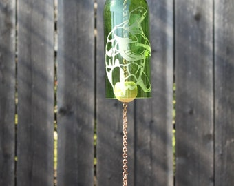 Turtle Bluegrass Wine Bottle Windchime - Glass Garden Art Rememberance Windcatcher Outdoor Wine Decor Upcycle Music Hippie Hippy Banjo  Eco