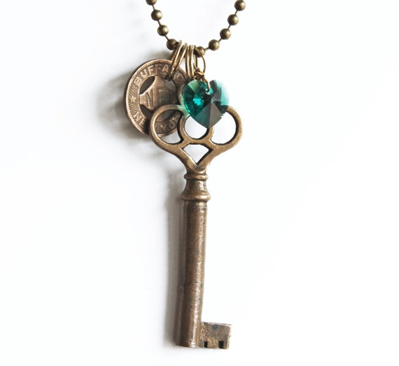 "Buffalo, NY Necklace - ""The Old First Ward"" vintage skeleton key, Buffalo token, emerald green heart St. Patrick's Day Irish"
