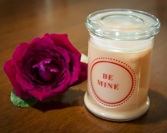 Custom Valentines Day Soy Wax Candle - large (340g)