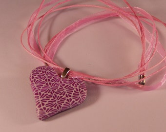Pretty purple heart pendant necklace