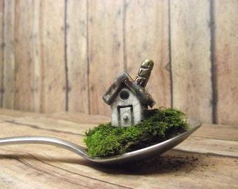Miniature Clay house - Raku fired ceramic - Fairy house - Terrarium House - accessories - gnome home - Handmade by Gypsy Raku