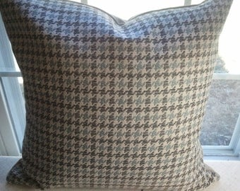 Blue and brown hounds tooth pillow cover