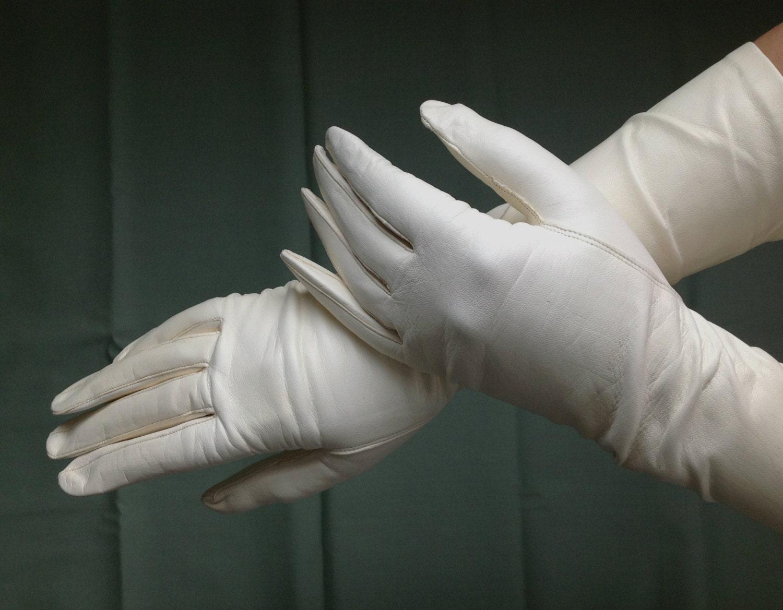 Vintage Van Raalte White Long Leather Gloves by ...