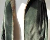 RESERVED light green silk velvet jacket 30s embroidred lining RESERVED