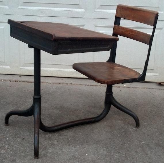 13c20c Vintage 1925 Children S School Desk