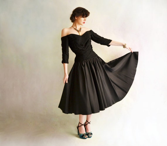 R E S E R V E D /////////////// 1950's Jaw Dropping Cocktail Dress // Ruched Off Shoulder Drop Waist with Full Skirt //  Medium // 8