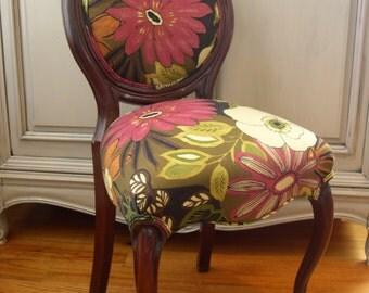 Fuchsia Flower Chair