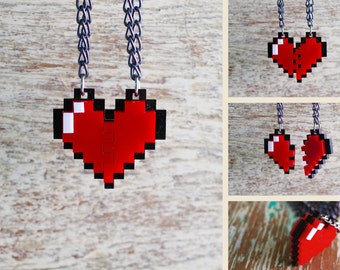 Pixel Heart Acrylic Plastic Pendant Necklace for couple and gamer 8 bits design for couple and gamer