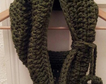 Crochet Pattern Chunky Cowl Scarf Neckwarmer with Removable Flower Tie