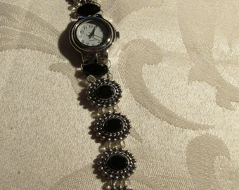 Stainless Steel Watch with Black Beads and Stainless Steel Watch Base (W101)