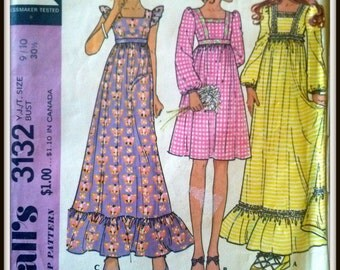 McCall's 3132  Vintage 70's Young Junior/ Teen Dress Size  9/10  Uncut
