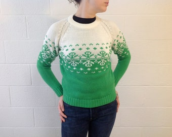 "80's Kelly Green and White knit Sweater by ""Full Fashion"" - size small"
