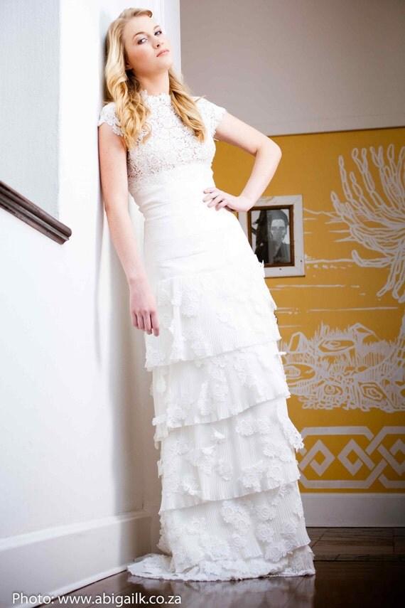 Vintage lace wedding dress, lace wedding dress, alternative wedding dress, wedding gown, muslim wedding dress, high neck wedding gown