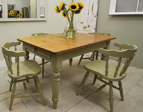 Shabby Chic Breakfast Table: Shabby Chic Farmhouse Dining Table With 4 Captains Chairs