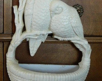 Wall Sconce, Pair of Doves, Wall hanging, Basket Weave, Vintage plastic, 1970s