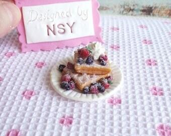 miniature waffle