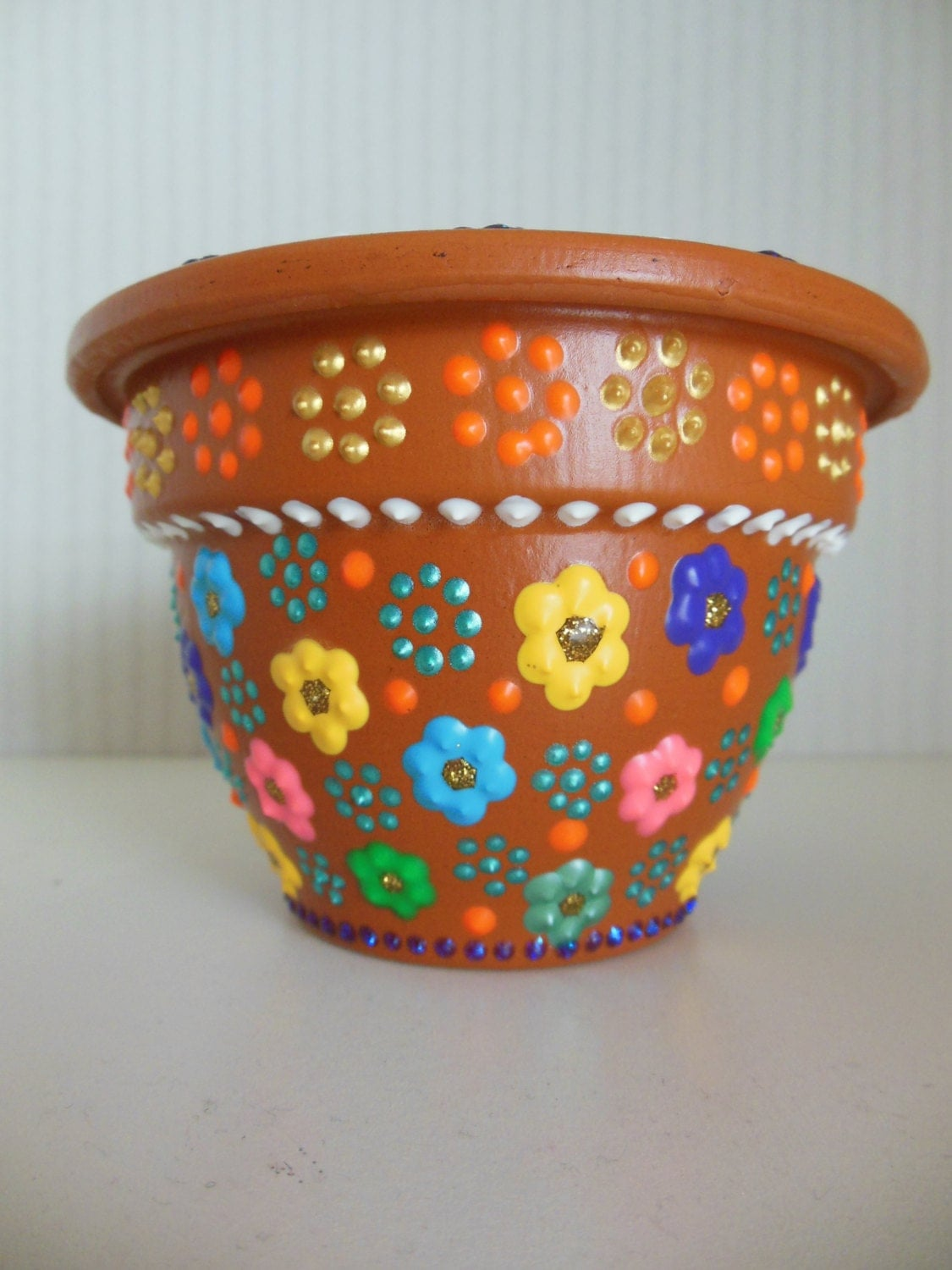 items similar to hand painted flower pot with small floral. Black Bedroom Furniture Sets. Home Design Ideas