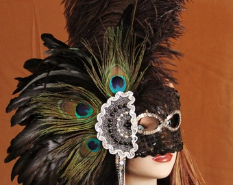 Hand Crafted Feather Mask (FM117)