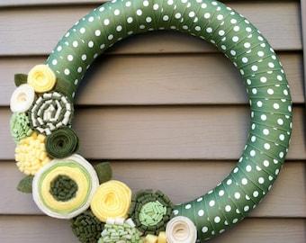 Spring Wreath - Summer Wreath -Easter Wreath - Felt Flower Wreath - Mother's Day Wreath - Spring Wreath - Polka Dot Wreath - Polka Dots