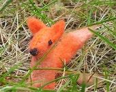 Miniature Fox - tiny fox plush-  felt fox ornament - micro fox figurine - cute felted fox - mini fox collectible