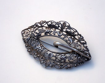 Edwardian Sterling Silver Filigree Sash Brooch