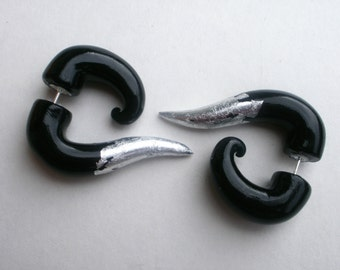 Silver Tipped Black Fake Gauge Earring -